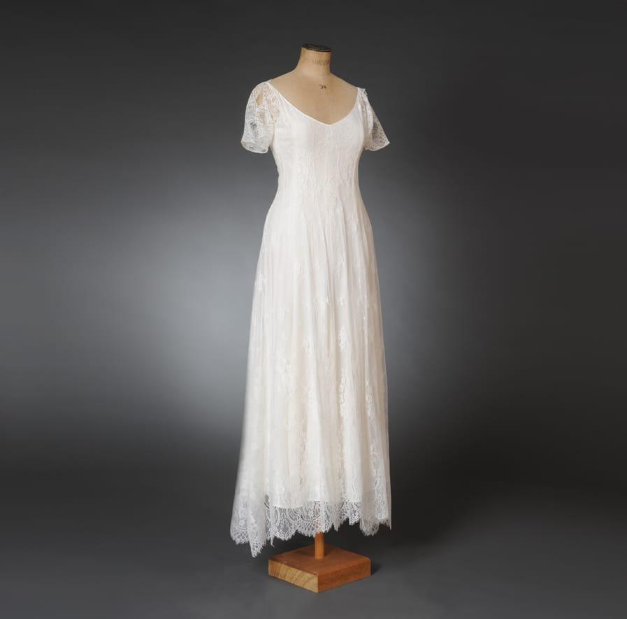 Maßschneiderei: Brautkleid aus Spitze